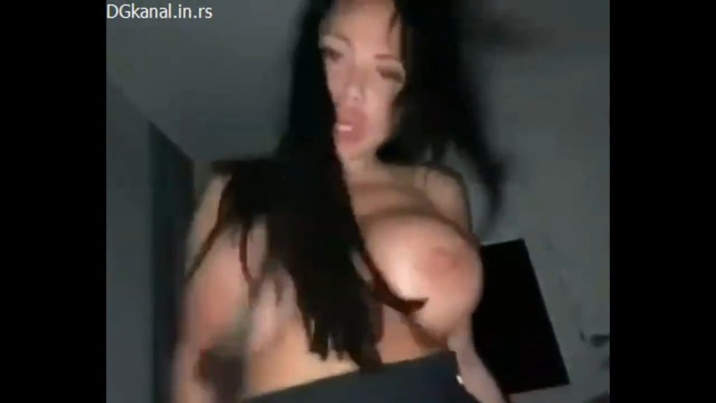Tamara Napaljena I Vrela